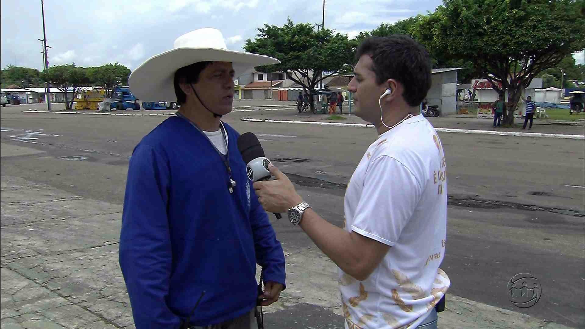 ENTREVISTA: DIRETOR DE GALPÃO FALA SOBRE ALEGORIAS DO CAPRICHOSO - Alô Amazonas - 26/06/17