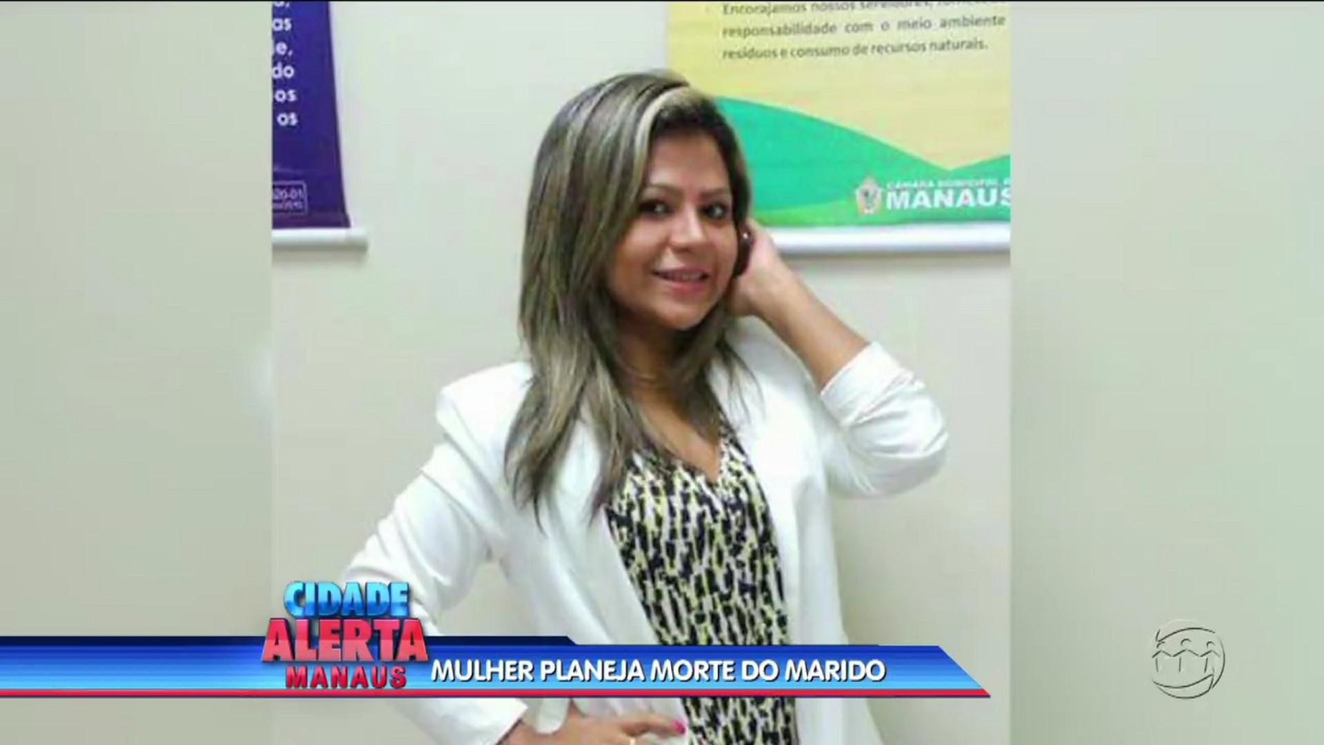ARMADILHA: MULHER PLANEJA ASSASSINATO DO MARIDO - Cidade Alerta Manaus 17/08/17 - Manhã no Ar 18/08/2017